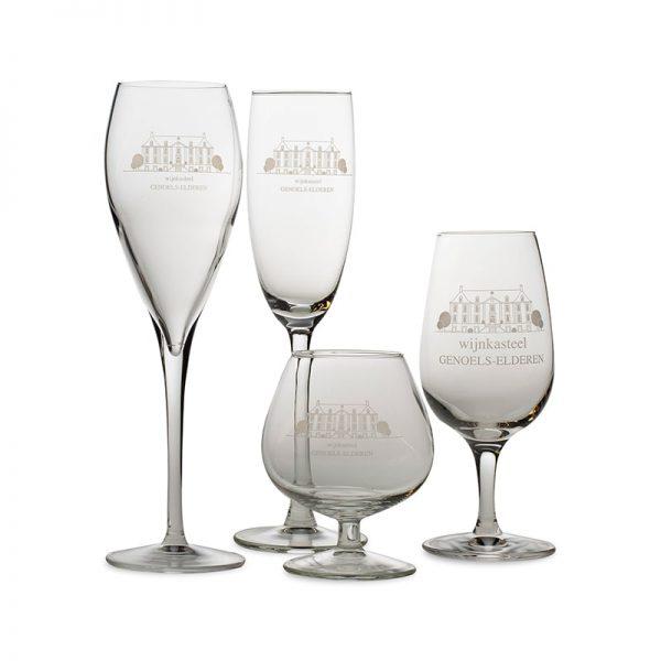 Glazen wijnkasteel Genoels-Elderen