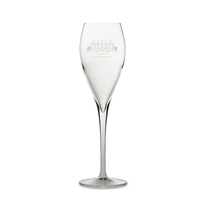 Pearl Sparkling Wine Glass Wine Castle Genoels-Elderen